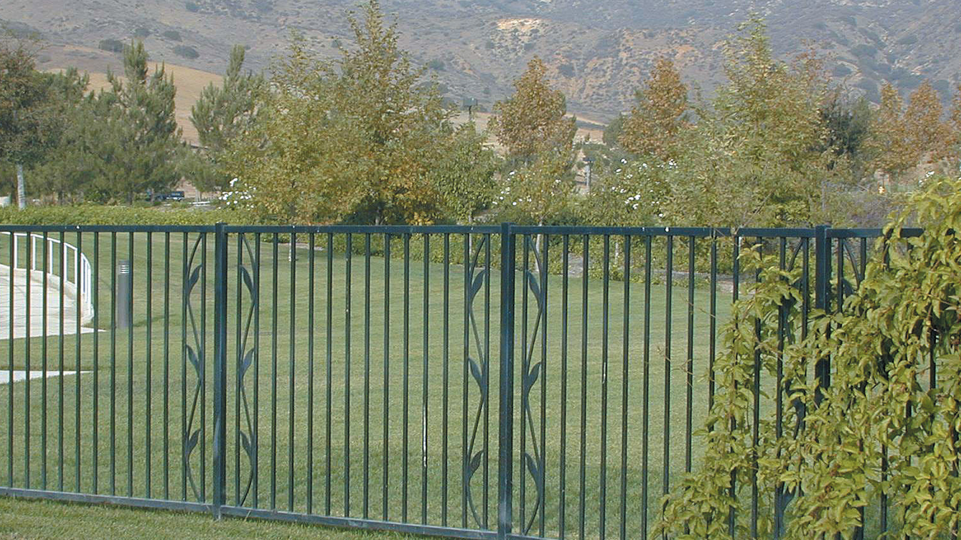 Ornamental decorative security fencing fence factory