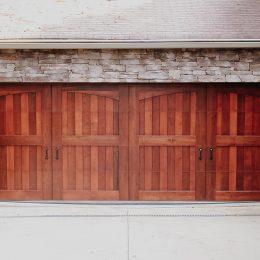 CARRIAGE HOUSE CUSTOM WOOD SECTIONAL DOOR
